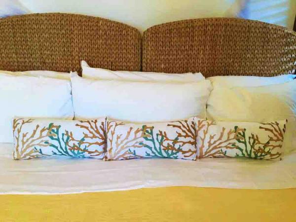 Beach Guest Bedroom Pillows
