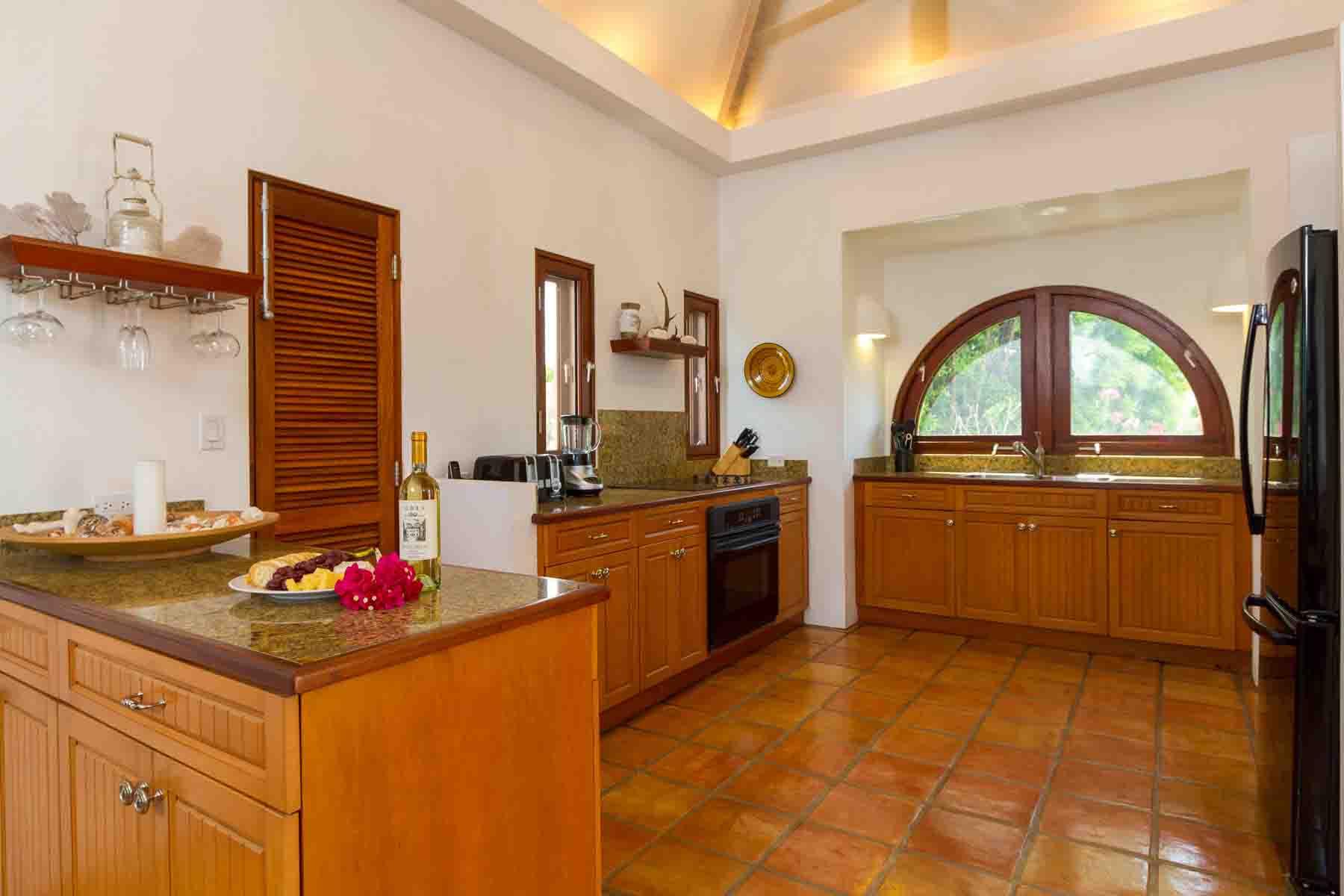 Beach Palm Villa Kitchen 1