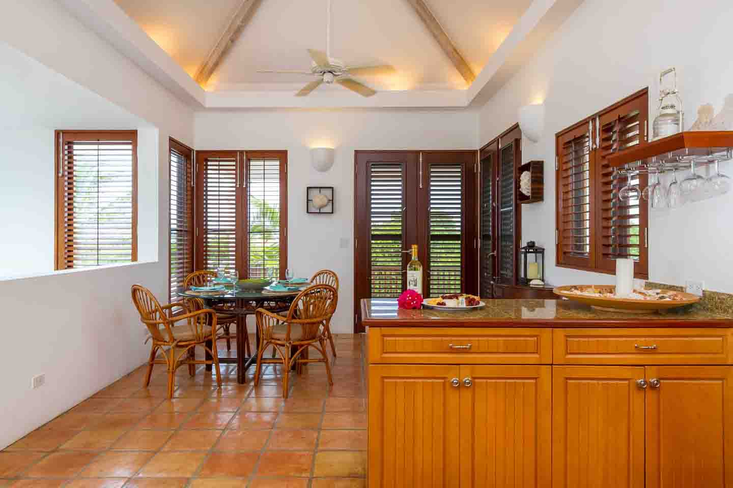 Beach Palm Villa Kitchen 2