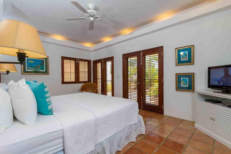Coconut Palm Garden Master Suite