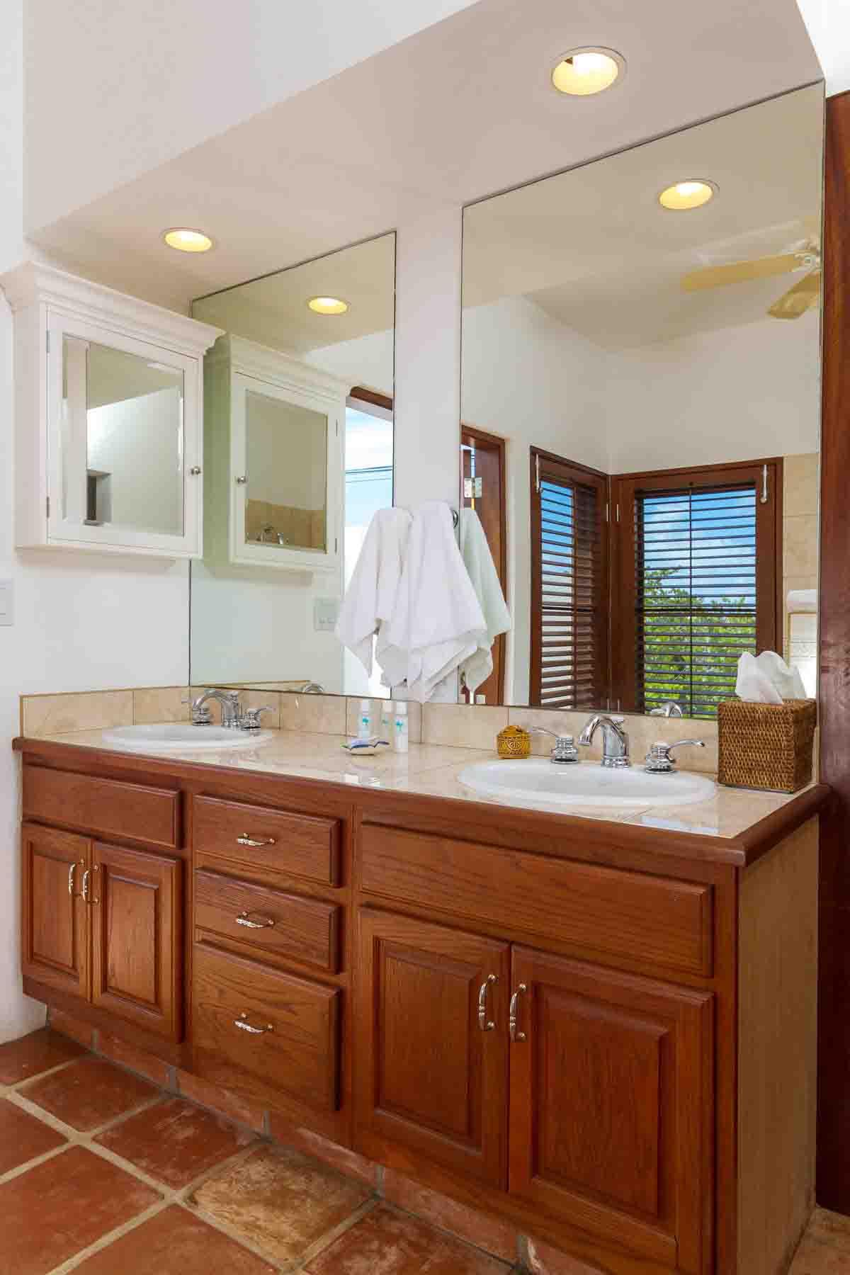 Coconut Palm Poolside Master Bathroom Vanity
