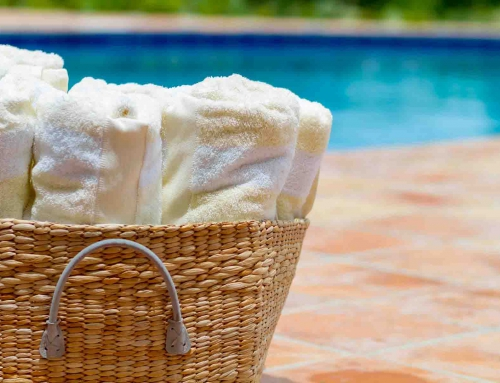 Twin Palms Villas Poolside Towels